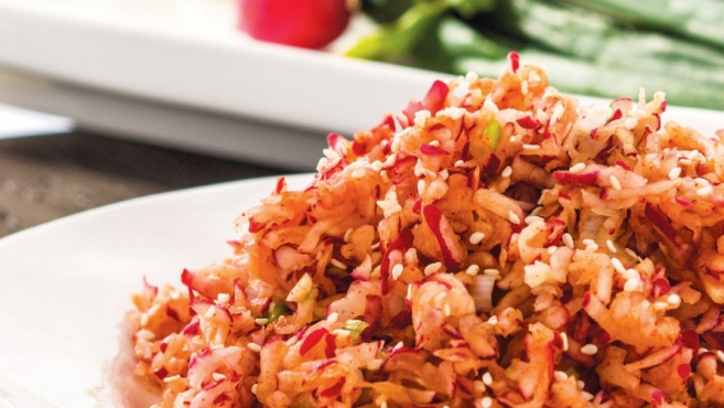 Korean Radish Salad (Musaengchae)