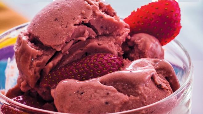 Roasted Strawberry Buttermilk Ice Cream