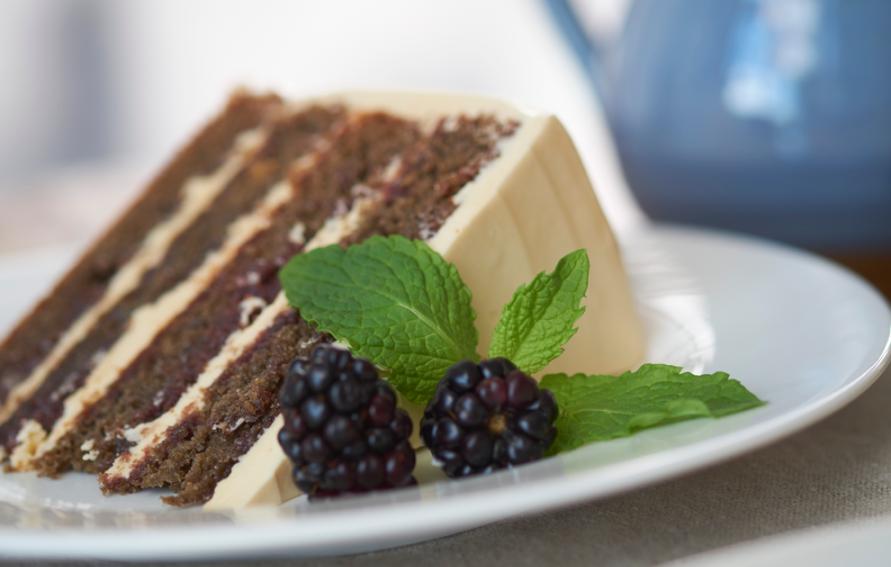 Blackberry Cake Using Cake Mix